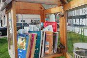 ГЕРБ-Бургас с инициатива за Световния ден на книгата, къщички се напълниха с десетки издания