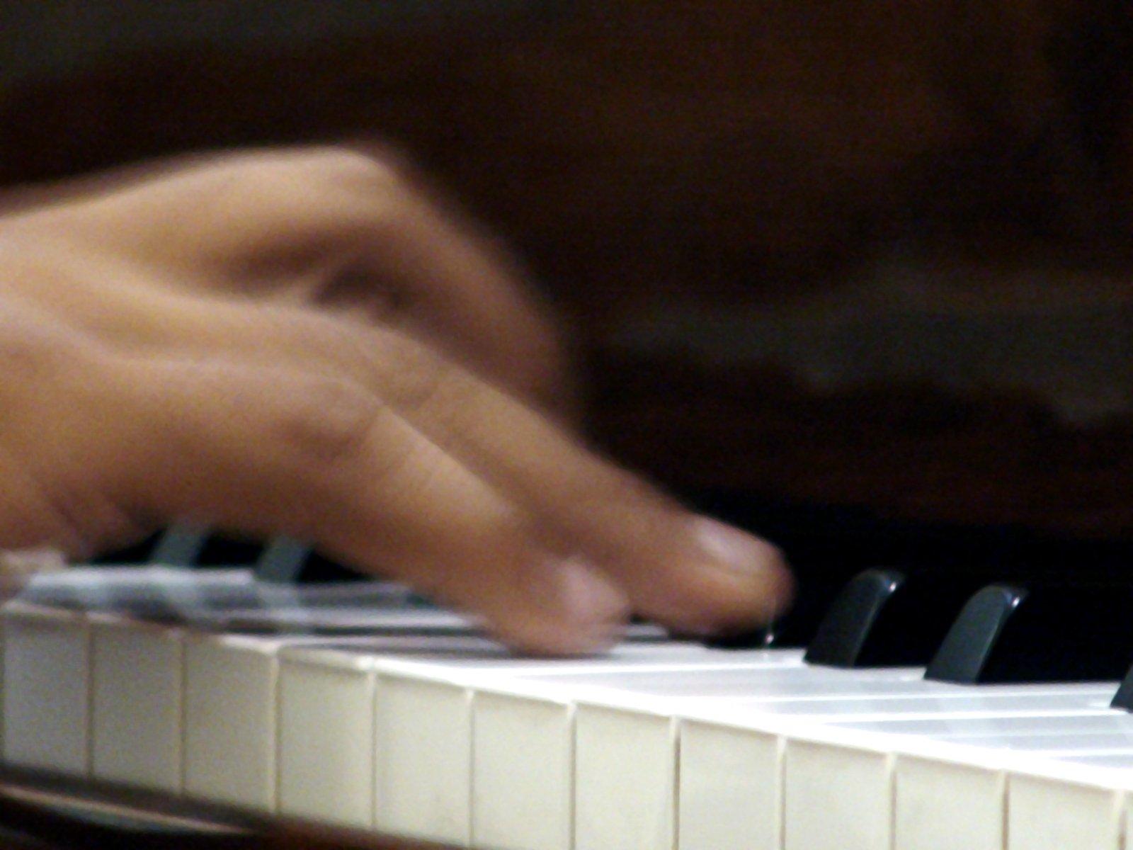 Представят полската школа по пиано в Музикалното