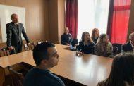 Ученици и студенти на информационна среща в полицията
