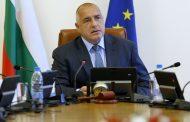 Бойко Борисов първи ще приветства папа Франциск с добре дошъл в България