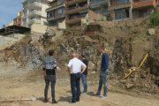 Община Созопол: Ще разрешим аварийно укрепване на строежа, за да не пропаднат сградите/снимки/