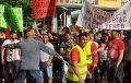 Стотици роми вдигнаха шумен протест пред общината. Искат вода. Николов: Няма да ме уплашите с протести, не съм кмет от два дни (СНИМКИ/ВИДЕО)