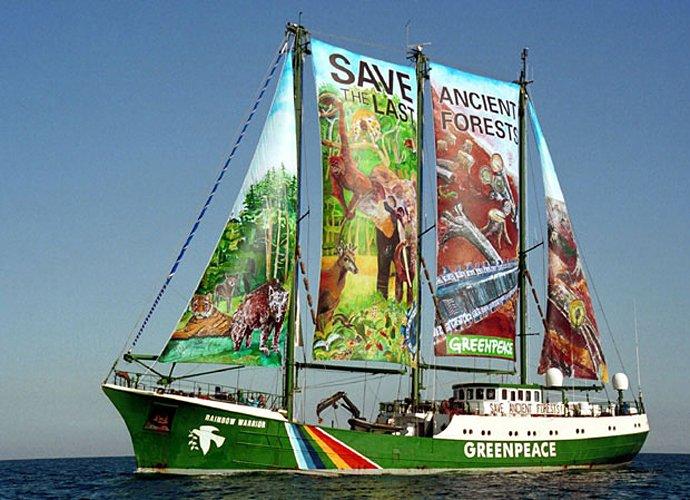 Rainbow Warrior ще акостира в Бургас