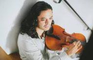 Виолистът Ювал Готлибович и цигуларката Ракел Кастро Пего ще свирят с оркестъра на Държавна опера – Бургас