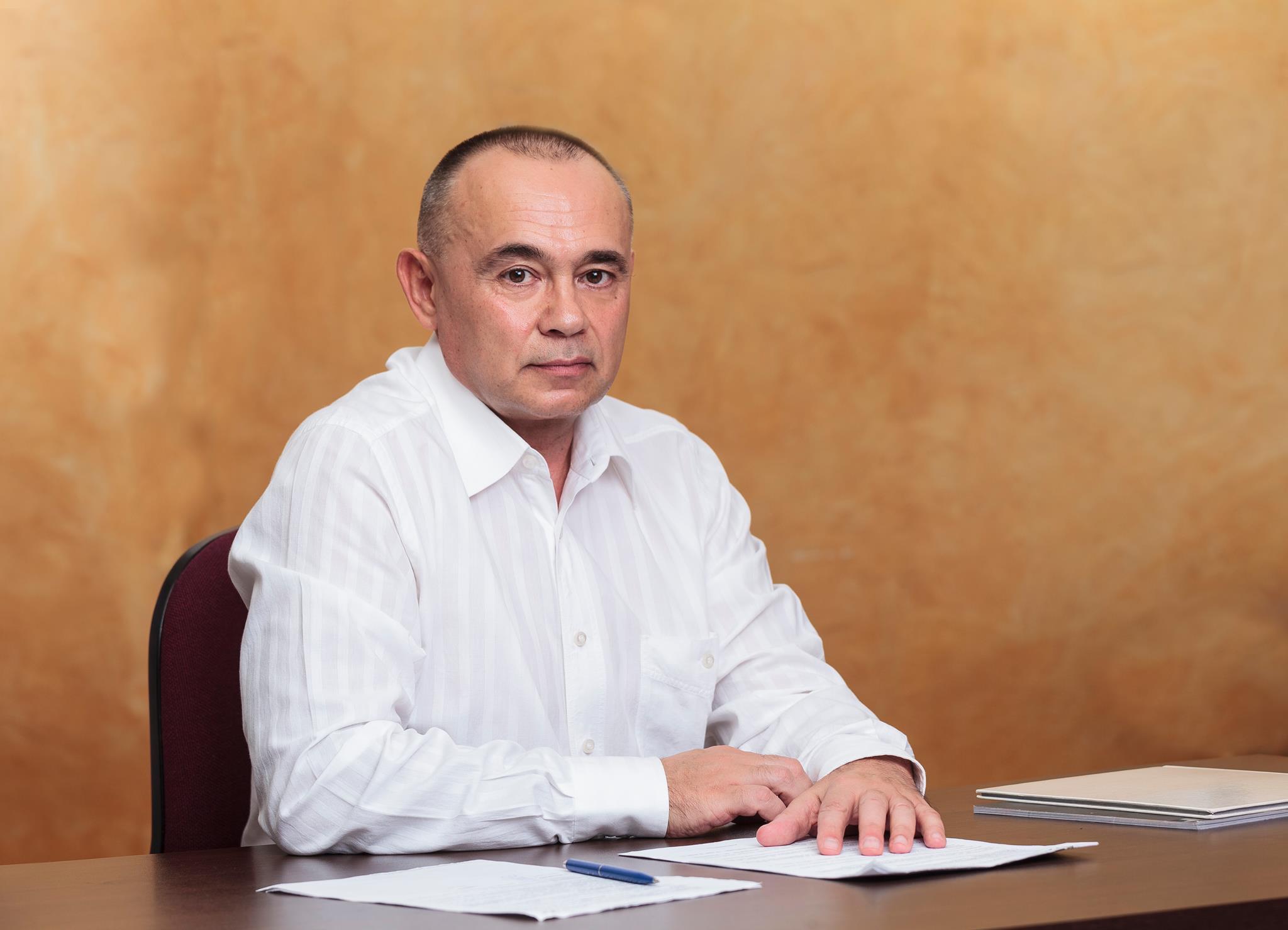 """Д-р Костадинов: И най-модерният апарат е нищо без компетентен лекар, благодаря на всички, които са част от семейството на """"ЛИНА"""""""