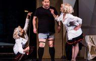 Музикант на годината и треньор в X Фактор в бургаската опера с Любовен елексир