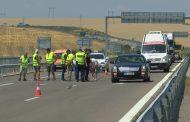 МВР: Причината за тежката катастрофа с две жертви е неспазване на дистанция, магистралата вече е отворена/снимки/