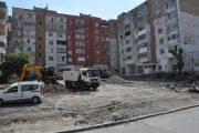 """Общината строи нов паркинг зад бл. 42-43 в к-с """"Братя Миладинови"""""""