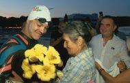 Цанко успя! Преплува Бургаския залив за 14 часа (видео)