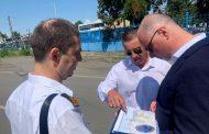 Министър Росен Желязков провери работата на транспортните структури в Бургас