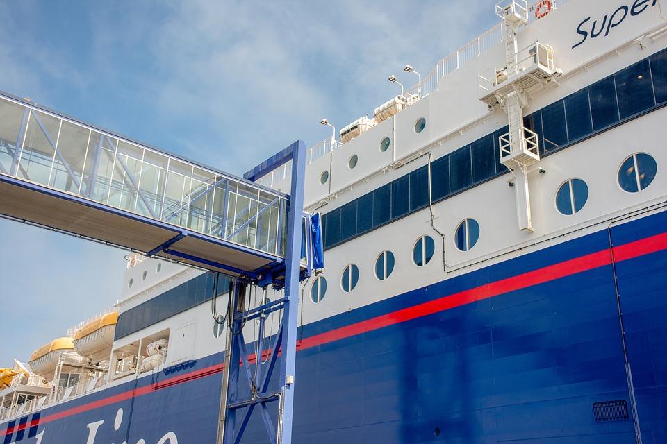 Стачка блокира морския транспорт в Гърция. Премислете, ако ще пътувате
