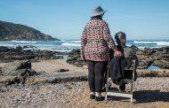 Евростат: Жените в България живеят със 7 години по-дълго от мъжете