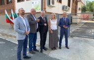 Обновиха сградите на Община и полиция в Малко Търново