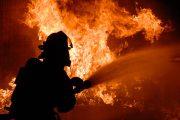 Две момчета запалиха лодка в Приморско