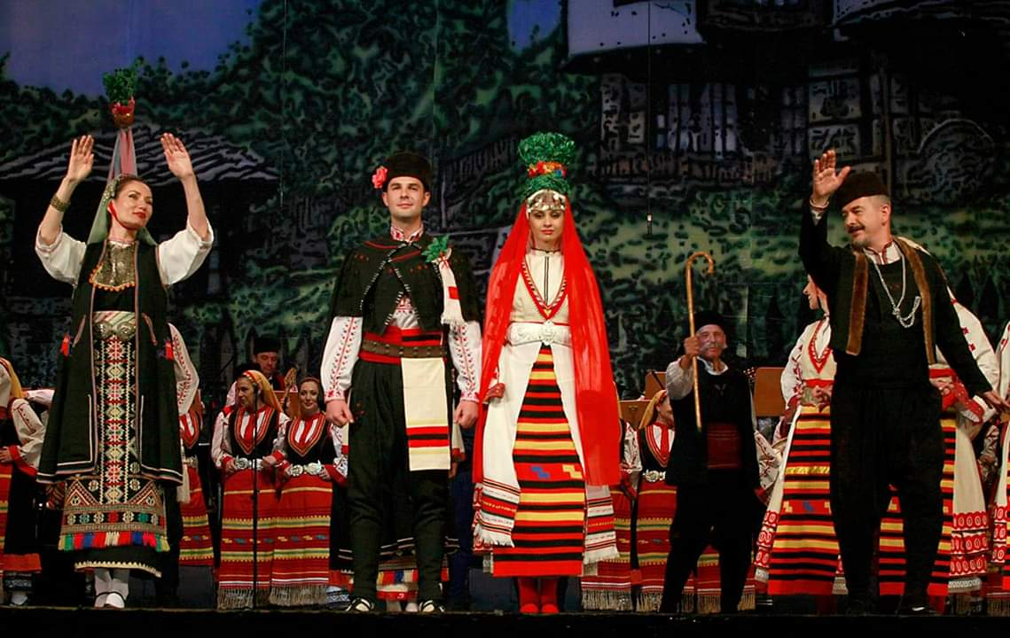 Бургазлии ще гледат предпремиерата на най-новия спектакъл на ансамбъл