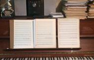 Даряват пианото на Тончо Русев на роден Бургас