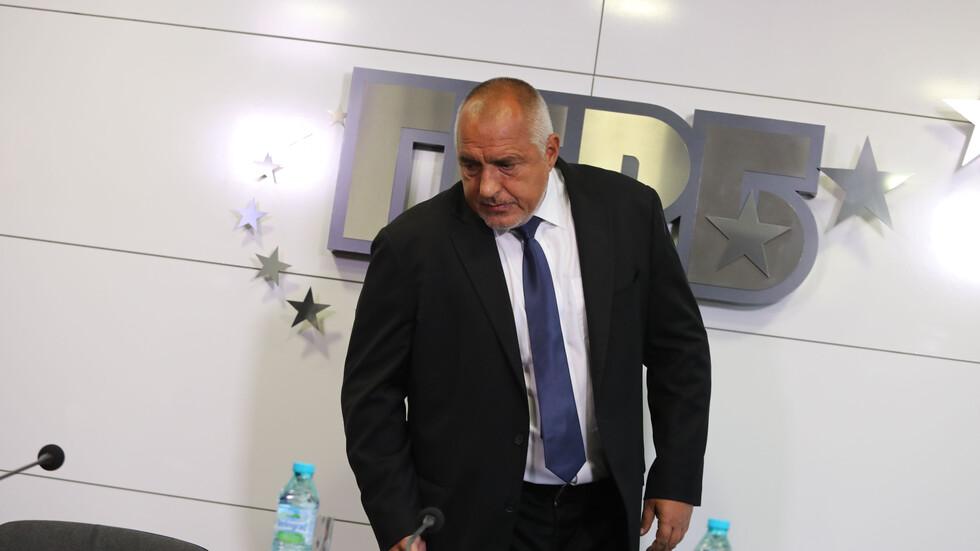 Борисов: Аз се подстригвам сам и мога пред вас да го демонстрирам