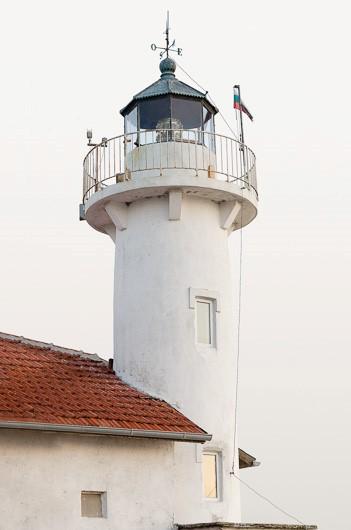 Морските фарове на Владимир Спасов, предизвикали интереса на National Geographic, ще бъдат представени в Бургас