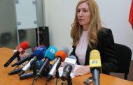 Ангелкова със спешна среща с хотелиери заради фалита на