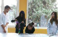 """Ученици от Оризаре в научната лаборатория """"Байлаб"""""""