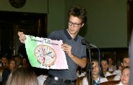 Кръгла маса предизвика бурни дебати сред младежи от Бургас