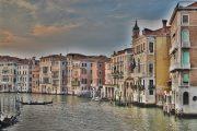 Кметът на Венеция: Наводненията причиниха щети за милиард евро