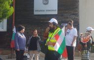 Първият работен ден на созополския кмет започна с протест. Ще плати ли общината 3 млн. лева, ако Атия каже