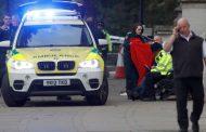 Автомобил връхлетя върху пешеходци пред музей в Лондон
