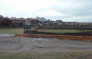 На плажа в Крайморие изливат бетон