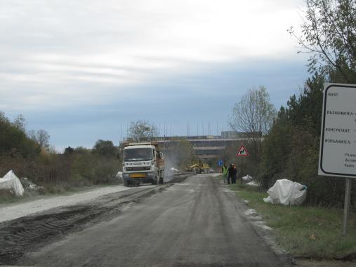 Тук-там ще ремонтират пътя Бургас - Царево