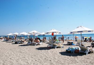 """""""Палм Инвест"""" ООД взе Северния плаж за 20 години! Цената за чадър е 1 ст."""