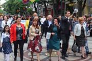 6000 шестваха в Бургас, сред тях трима министри /галерия/