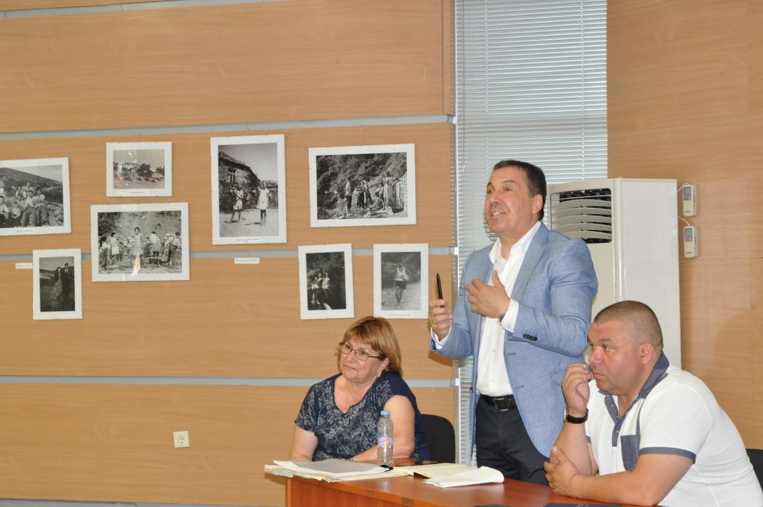 Кметът на Несебър разговаря с жителите на Свети Влас