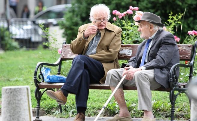 Около 1,3 милиона пенсионери ще получат добавка за Великден