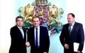 Гаф вкара в ареста Орешарски, Плевнелиев и Миков