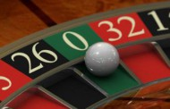 Крупие инсценира въоръжен грабеж на казино в Карнобат