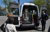 Община Бургас осигури специализиран микробус за хора с увреждания