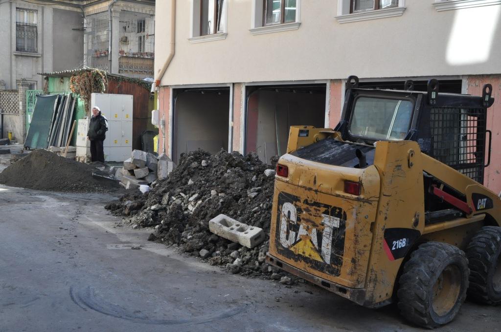 Община Бургас налага глоби на строители