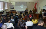 Лекари от УМБАЛ Бургас към ученици: Разговорът за донорството започва в семейството
