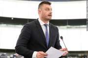 Бареков: Оттеглям се от тези избори, няма да играя в цирка