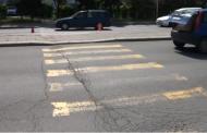 Шофьор блъсна две момчета на пешеходна пътека в Айтос