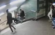 Имигрант рита германка в берлинското метро (видео)