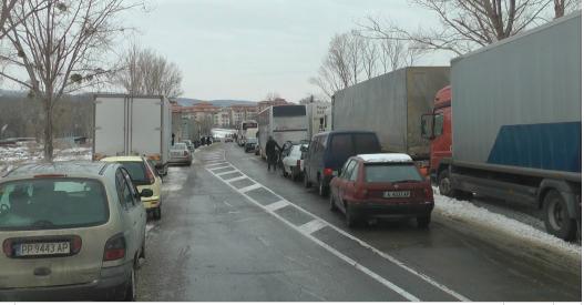 Шофьорът на турския Тир, който разпиля боя на пътя Бургас- Варна е бил мъртво пиян