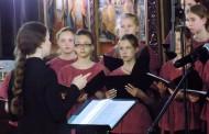 С тържествен концерт и обещание за нови срещи приключи XIV Международен фестивал на православната музика в Поморие