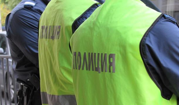 Варна: Мъж уби съседка и се самоуби