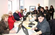 Кметовете на Несебър и Обзор дадоха старт на курс по компютърно обучение