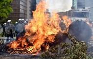 Фермери запалиха клади пред сградата на Европейската комисия