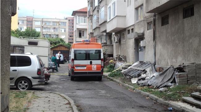 Благоевград: Възрастен мъж уби снаха си и се застреля