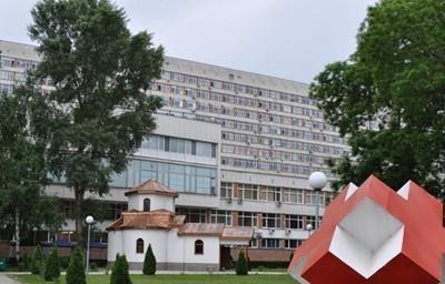 Сиамските близнаци, родени в Сливен, ще бъдат разделени след поне 10 месеца