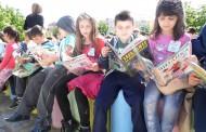 """Маратон на четенето в парк """"Велека"""" с приказни герои и забавни игри"""
